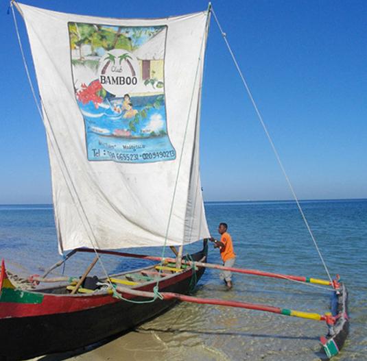 Sailing canoe activities